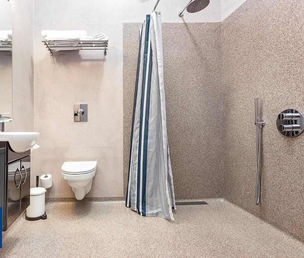 Hótel Duus - Bathroom