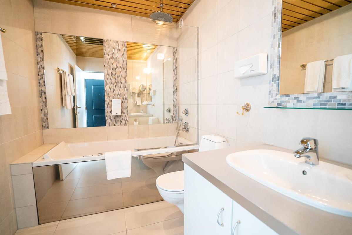 Hótel Keflavík - Bathroom 2