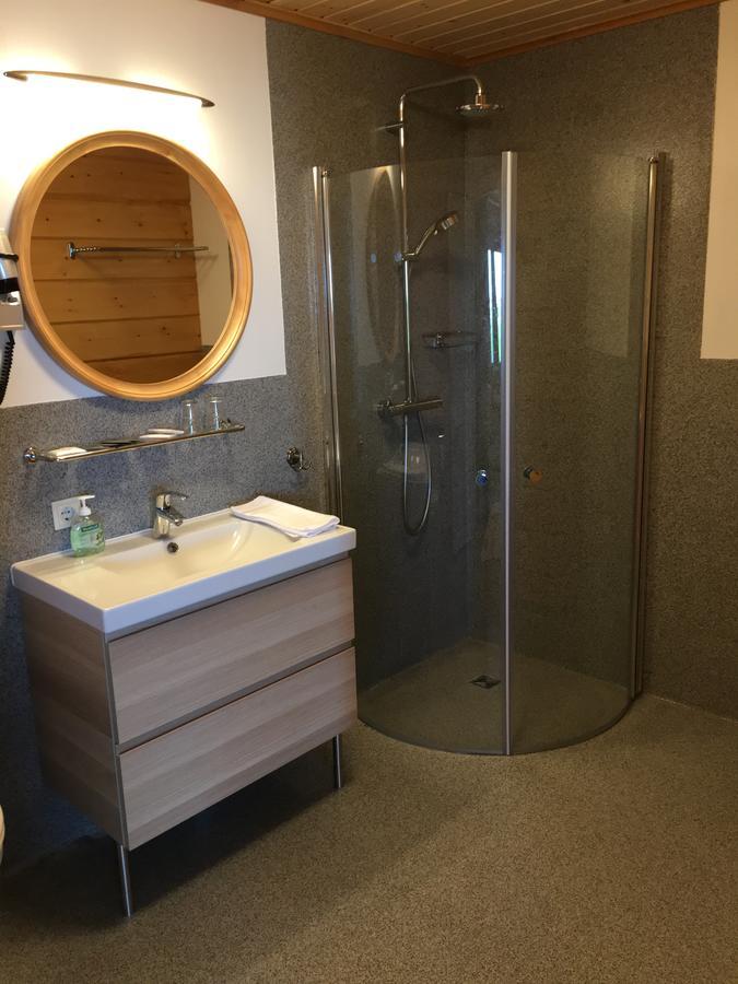 Lighthouse Inn - Bathroom